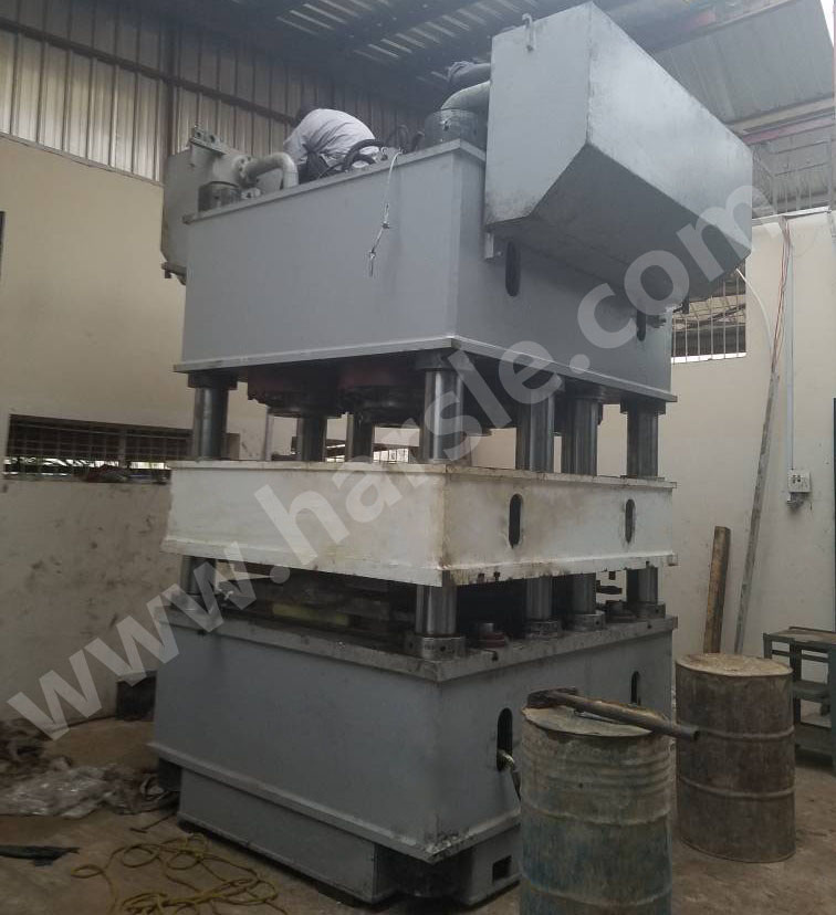 2000Ton Steel Steel Bending Machine ተጭኗል በናይጄሪያ